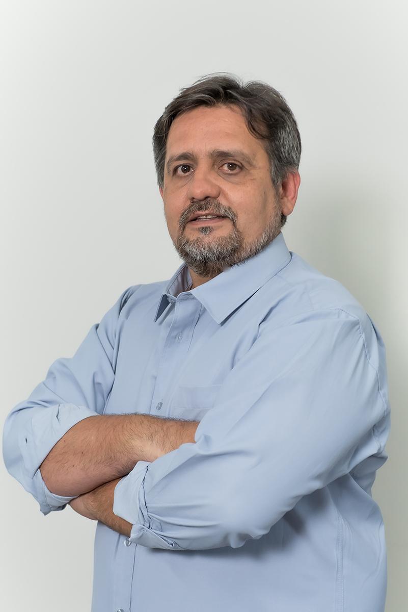 <b>j</b>Giancarlo Avelar